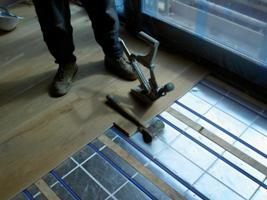 Fußbodenheizung Holzfußboden