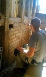 Ausmauern mit Lehmsteinen